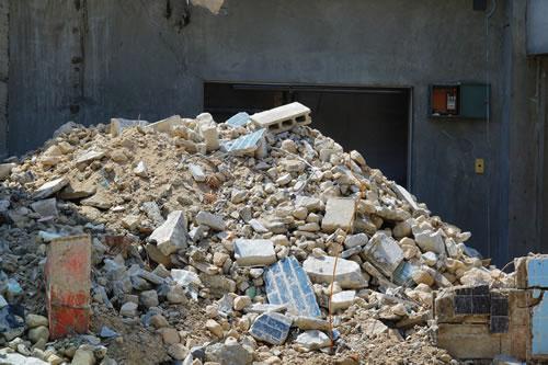 がれき類、汚泥、残土、その他産業廃棄物、大量の廃材お困りではありませんか?